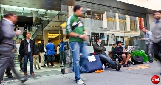 iPhone 4: da oggi in vendita nei negozi di Usa, Giappone, Gran Bretagna, Francia e Germania