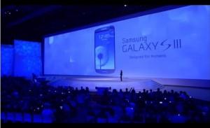 Samsung Galaxy S III cosa ha copiato da Apple?