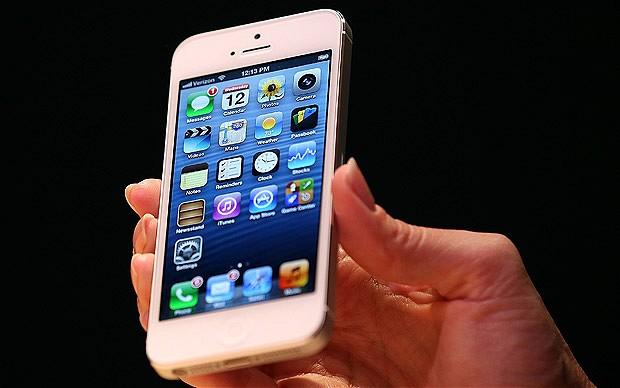 Il primo dicembre l'iPhone 5 scontato di 200 euro