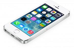 iPhone 5S: come aumentare la durata della batteria con iOS 7.0.5